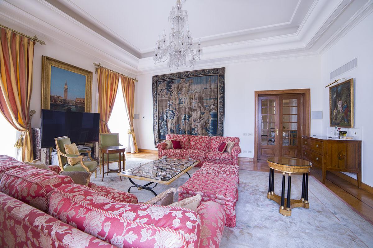 Villefranche sur mer villa schiffanoia ville di lusso in for Ville in vendita di lusso